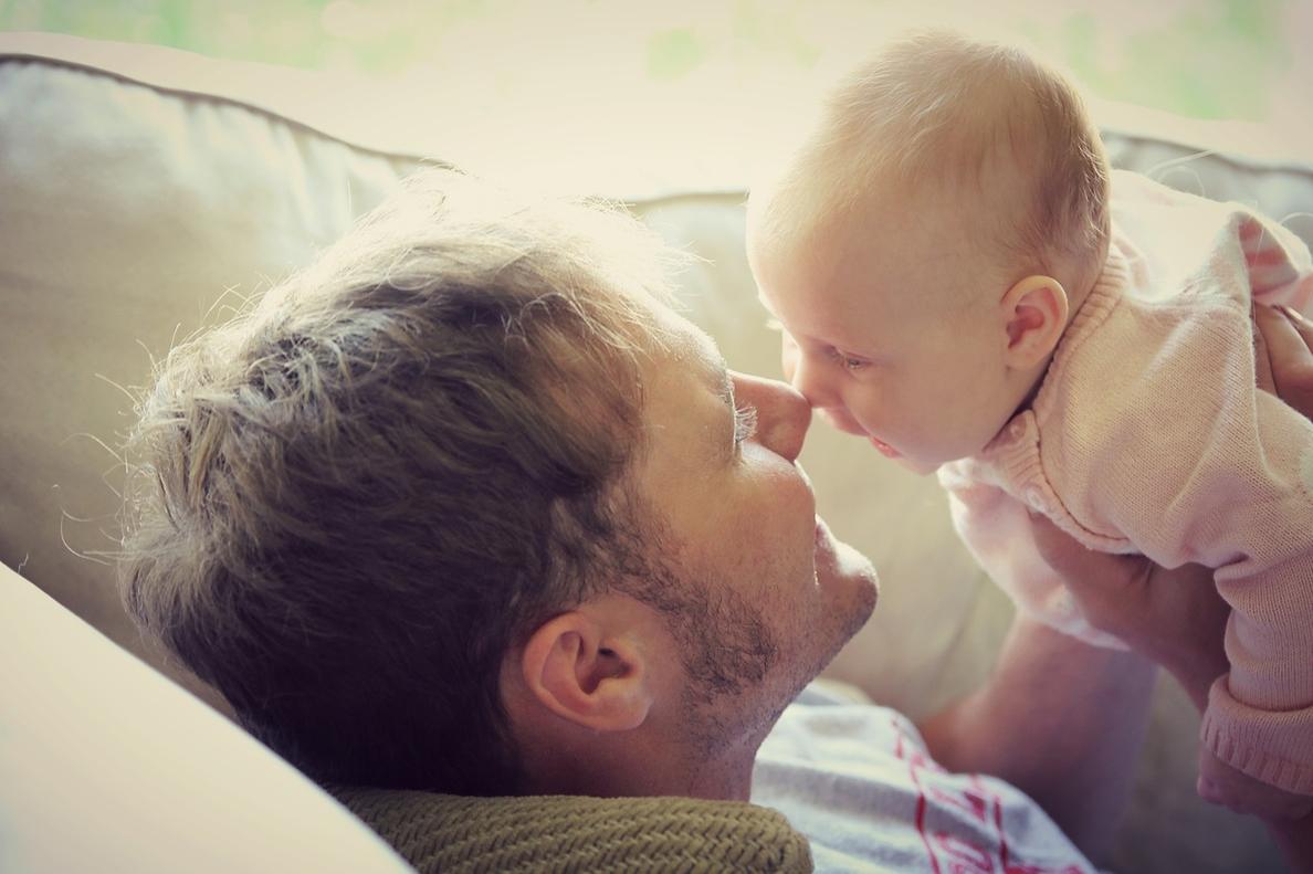 El Congreso analiza este martes los permisos parentales iguales e intransferibles