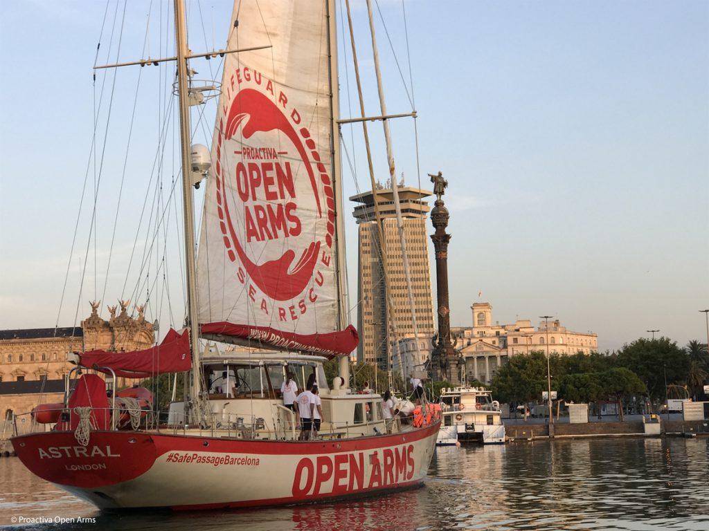 Italia prohíbe el acceso a sus puertos al 'Astral', de la ONG Proactiva Open Arms