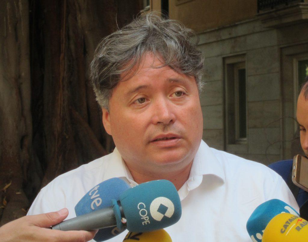 El PP pide que Rodríguez deje de ser alcalde y presidente de la Diputación y que entregue sus actas de edil y diputado