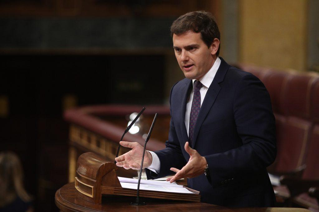 Rivera censura la «cacicada» de Sánchez al poner al responsable de Programas del PSOE al frente del CIS