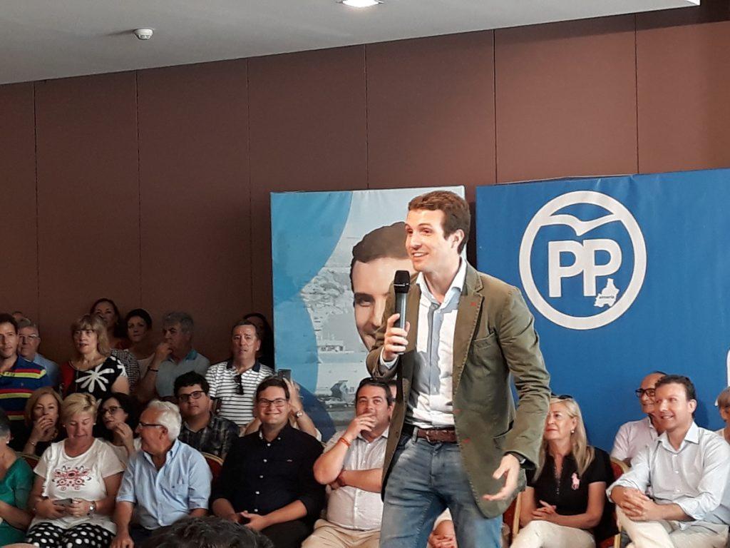 Casado aspira al PP de «los 11 millones de votos» que dejaría «colgado de la brocha» a Ciudadanos