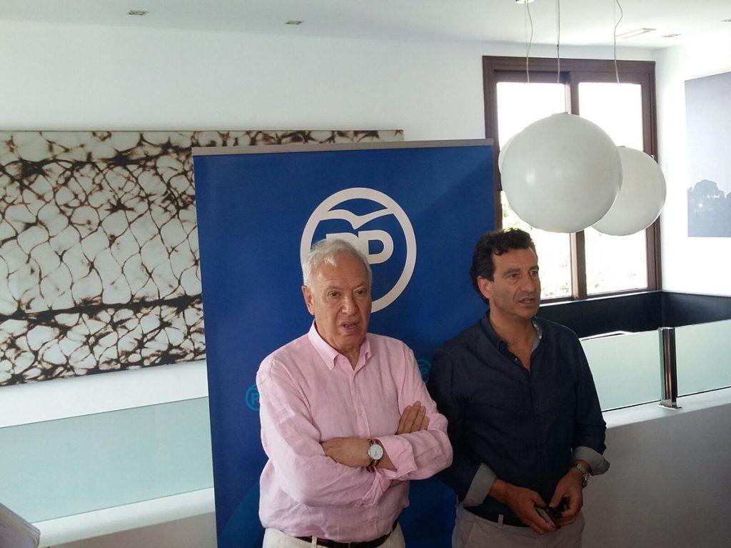 Margallo pide a la Comisión Organizadora del congreso del PP un debate en la sala de prensa de Génova