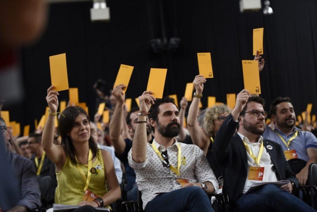 Aragonès no renuncia a la vía unilateral pero pide ampliar la mayoría soberanista