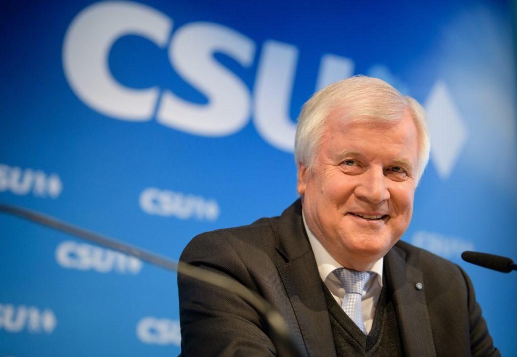 El ministro del Interior de Alemania considera insuficiente el acuerdo migratorio de la UE