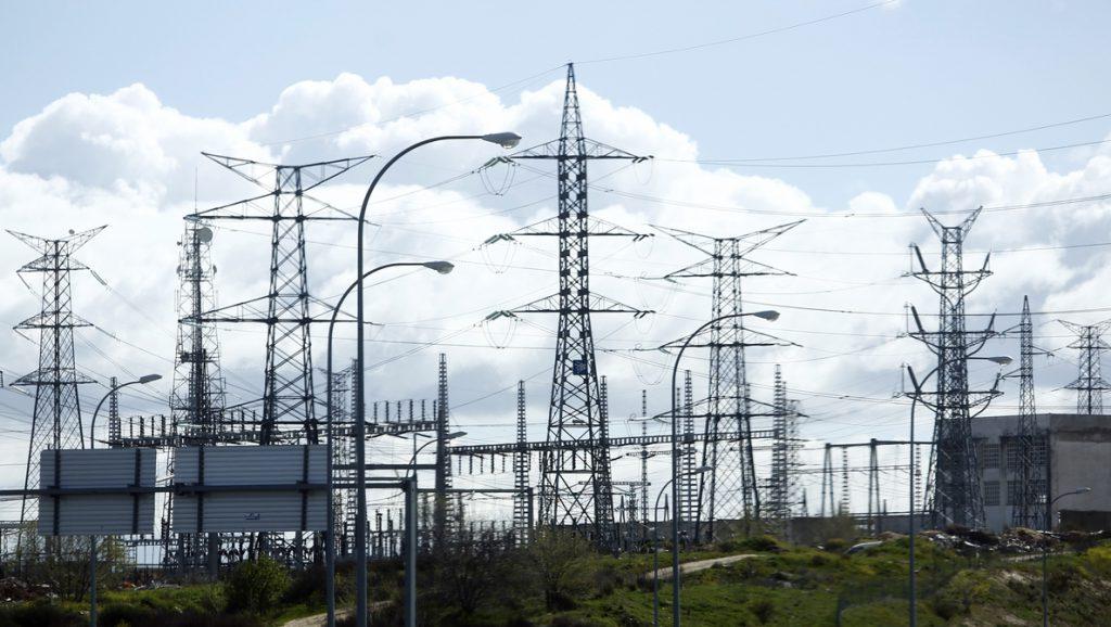 En Marea pide controlar las subidas de la luz con precios regulados e intermediarios en el mercado