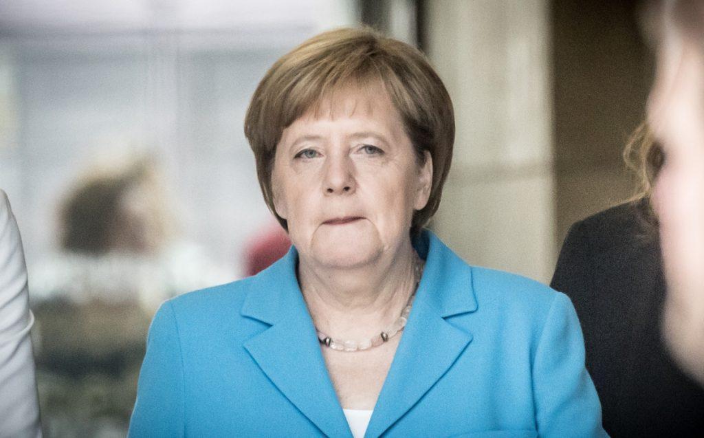 Merkel asegura que «no estamos levantando el puente levadizo» a Europa