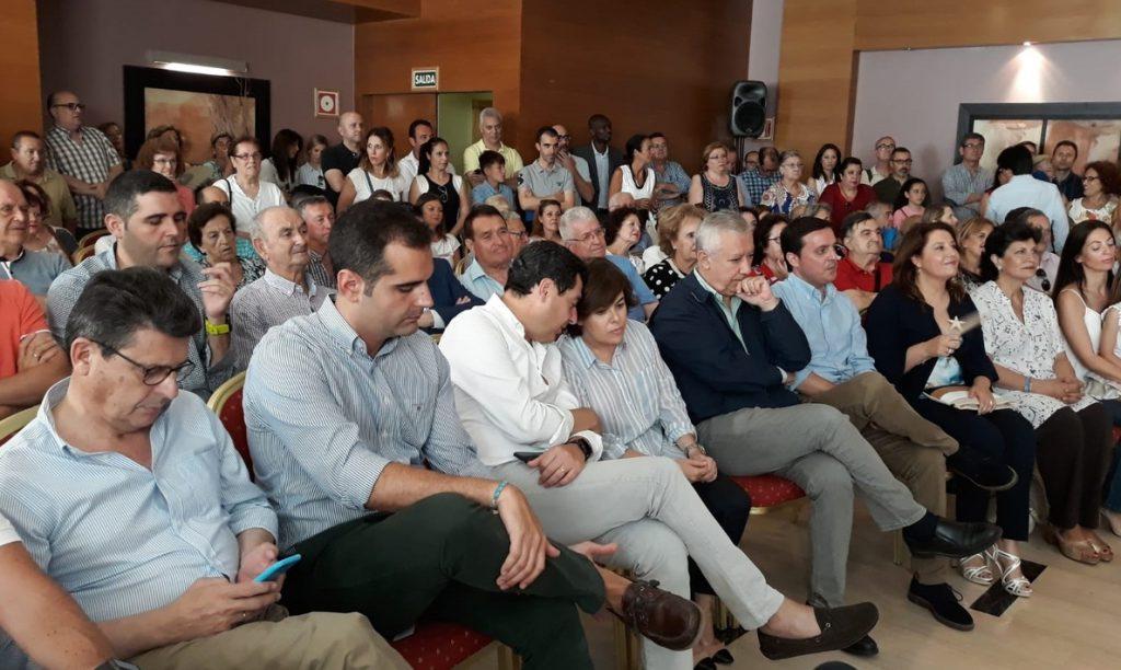 Santamaría, «contenta» con las encuestas de votantes, afirma que tiene «energía» para afrontar todas las elecciones