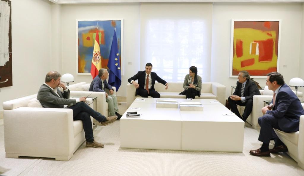 Sánchez volverá a reunirse la próxima semana con los sindicatos y la patronal