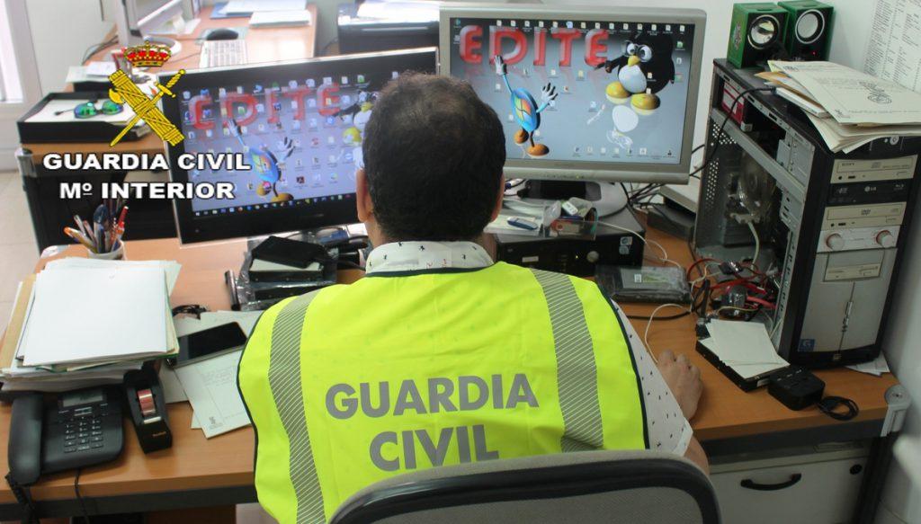 30 detenidos y dos investigados por estafar más de 1.400.000 euros y blanquear capitales