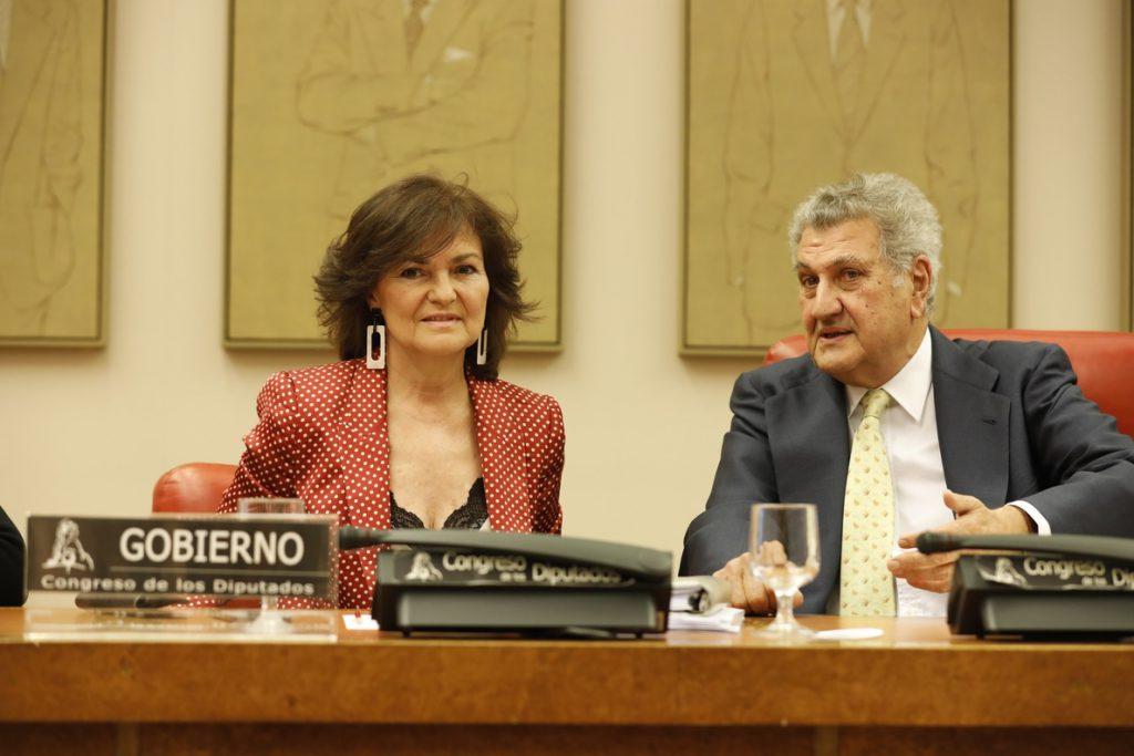 Carmen Calvo da por finiquitada la política de dispersión de etarras, pero no prevé excarcelaciones