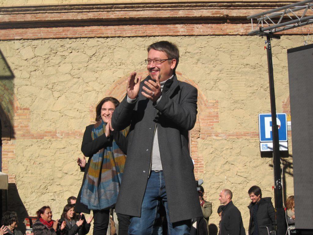 Colau y Domènech, líderes de los comuns con el 64% de los votos
