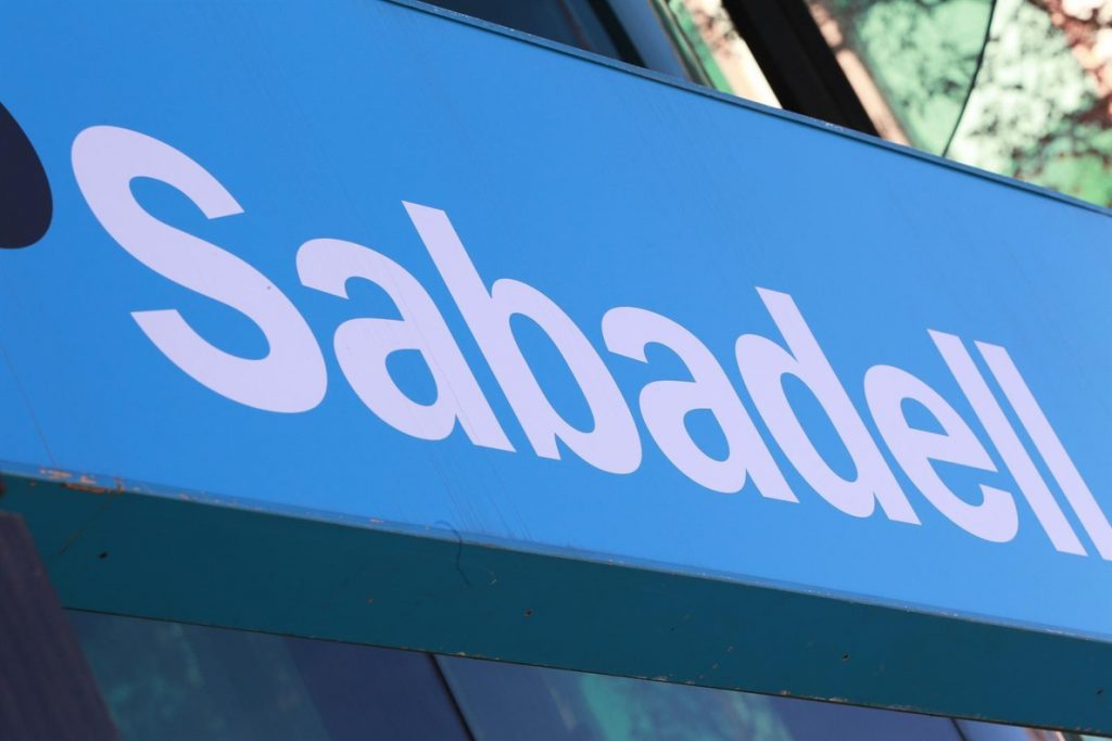 Sabadell acuerda la venta de la cartera 'Galerna' a Axactor, valorada en 900 millones