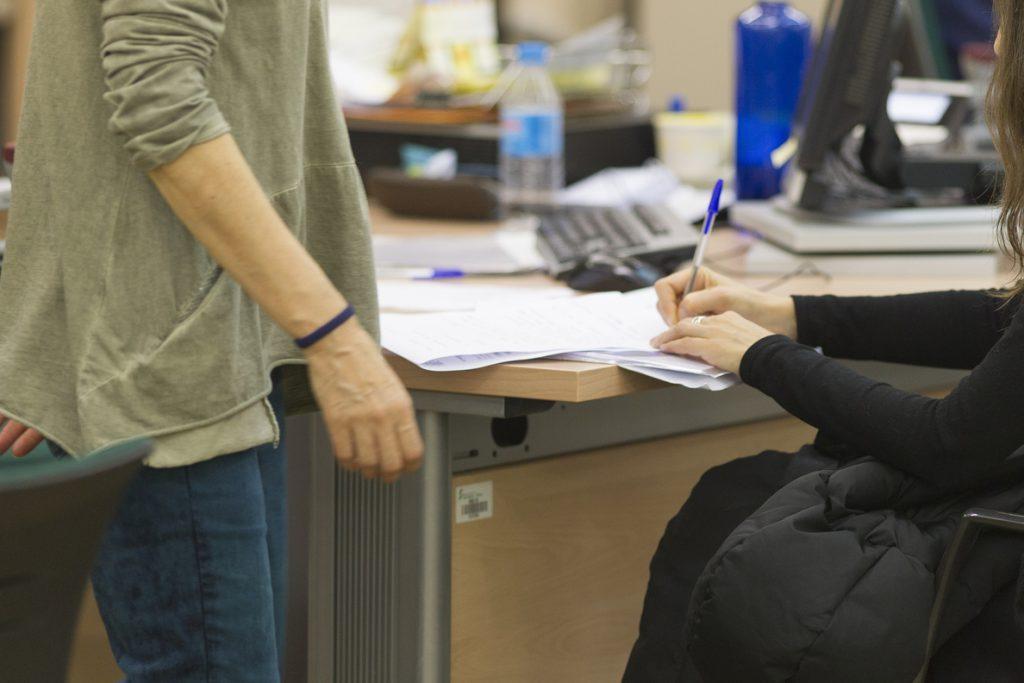 (AMP) Batet anuncia la eliminación del descuento salarial a los empleados públicos por bajas médicas