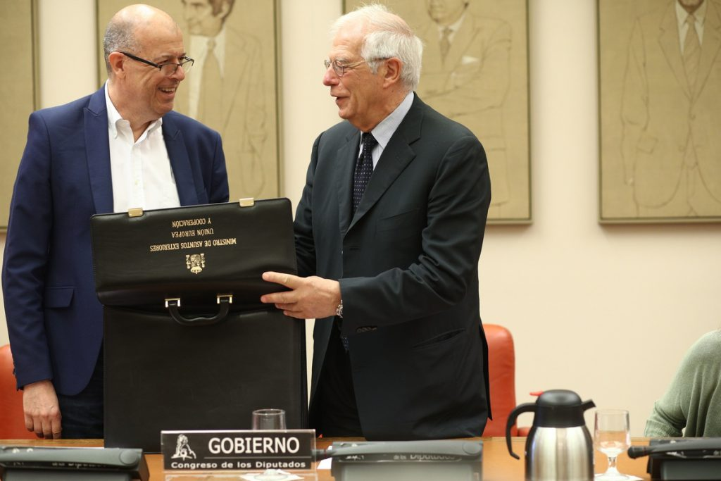 Borrell apuesta por reforzar la cooperación con Australia, un país con quien España comparte valores