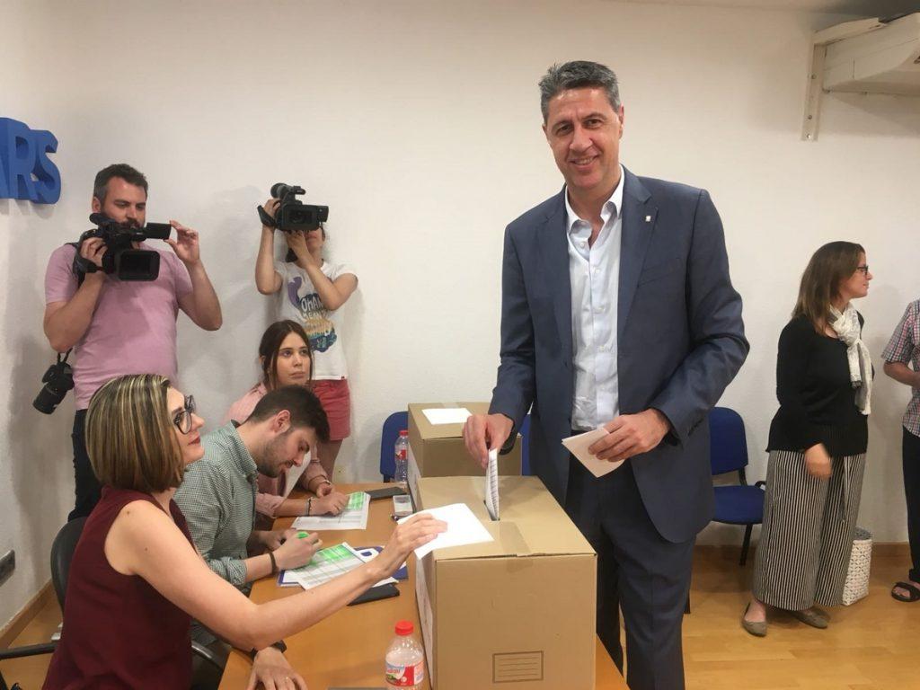 Albiol pide que tras las primarias del PP haya una «única candidatura» de cara al congreso
