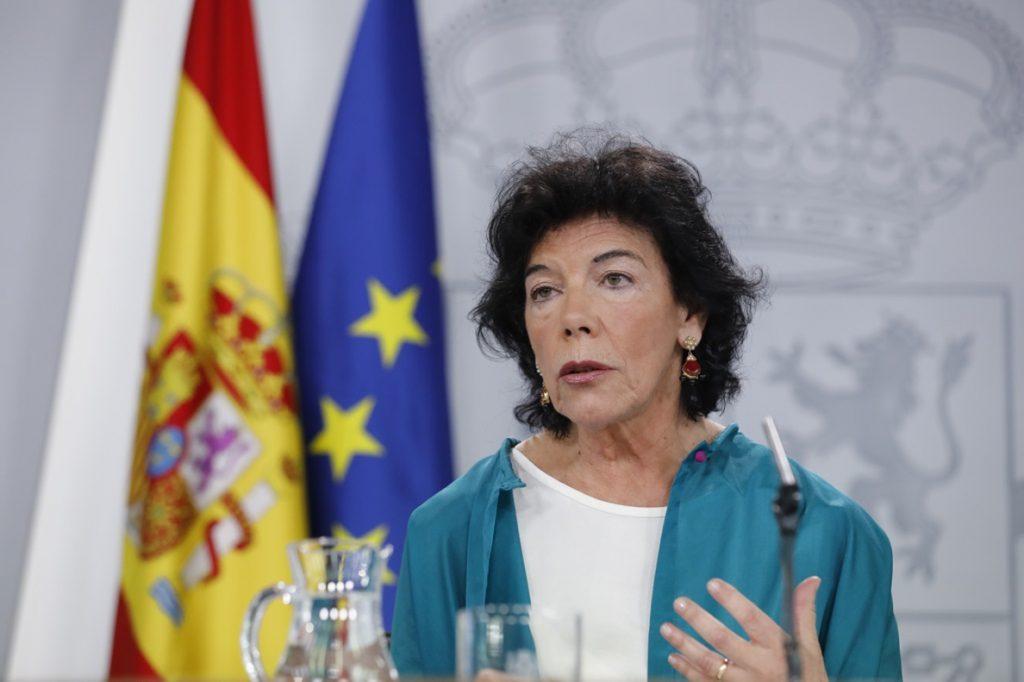 El Gobierno advierte a PNV y Bildu de que la «consulta habilitante» no tiene cabida en el Estatuto de Gernika