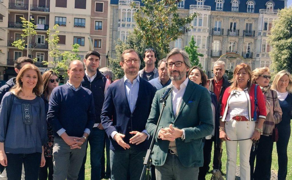 PP Álava considera «intolerable» que en Vitoria «se rinda tributo al terrorista que asesinó al jefe de la Policía Local»