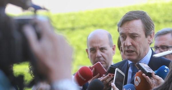 El PP pide a Sánchez que no reciba «genuflexo» a Torra el lunes pese a que «le deba mucho»