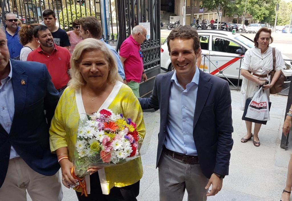 Casado descarta unir fuerzas con Santamaría y recuerda que el 63% de los afiliados no la votaron a ella