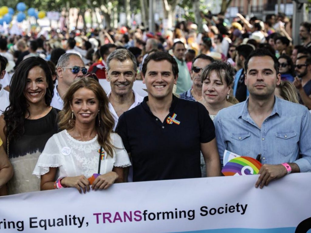 Rivera quiere convencer al Gobierno para que regule la gestación subrogada en España