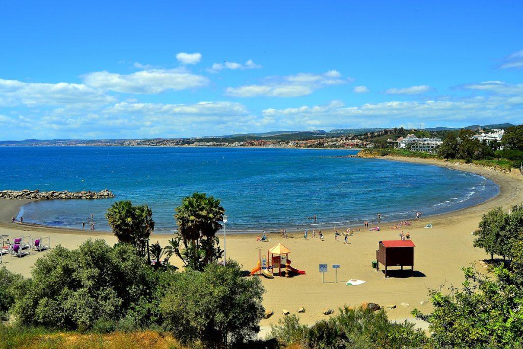 El 112 contabiliza en Andalucía 124 rescates en el mar, playas, ríos y piscinas durante el primer semestre del año