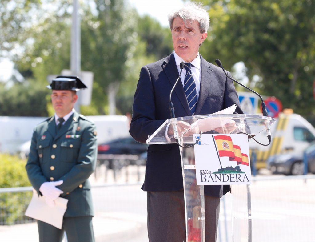 Garrido dice que «siempre» ha defendido los derechos del colectivo LGTB y que fue «un error» no invitar a PP a la marcha