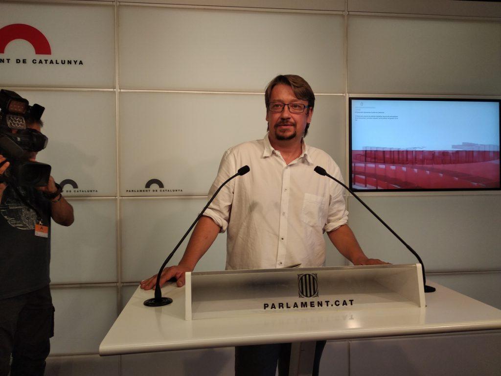 Domènech insiste en el diálogo entre partidos catalanes tras la reunión Sánchez-Torra