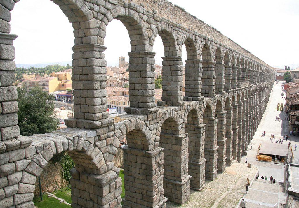 Telefónica despliega tecnología 4.9G en su red de Segovia con su piloto Ciudades Tecnológicas 5G