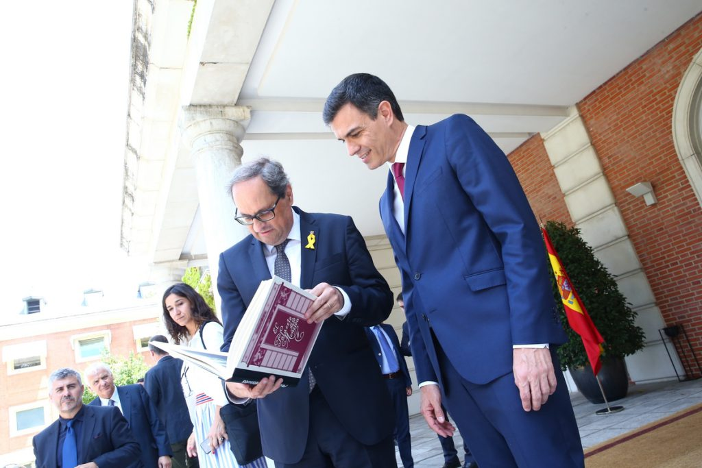 Torra quiere «decenas y decenas» de referendos sobre monarquía y república en los municipios de España