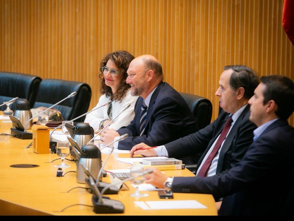 Montero introducirá «mejoras efectivas» en financiación autonómica