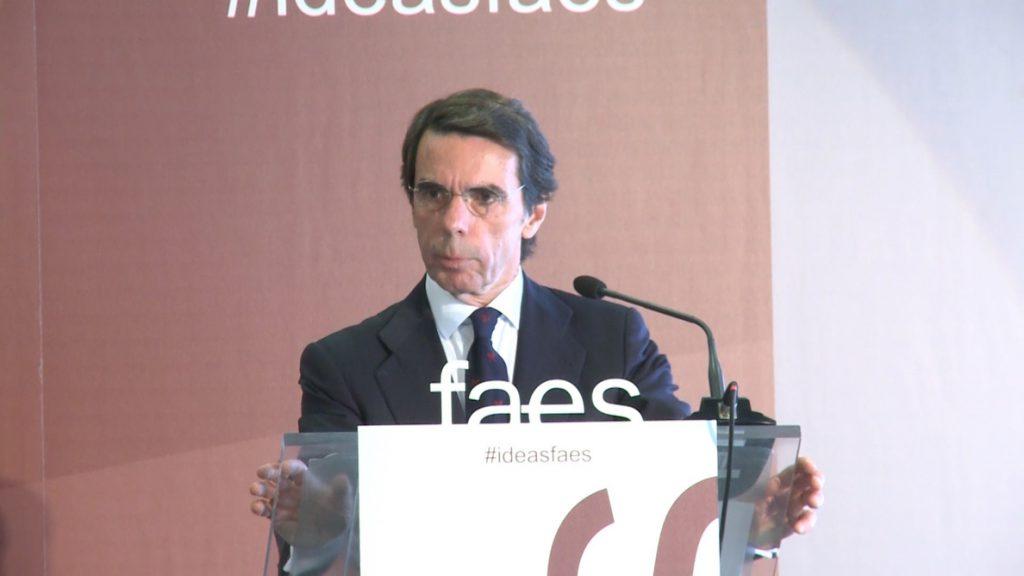 Aznar pide no dejarse engañar por la «clerecía buenista» que busca incorporar la autodeterminación a la agenda política