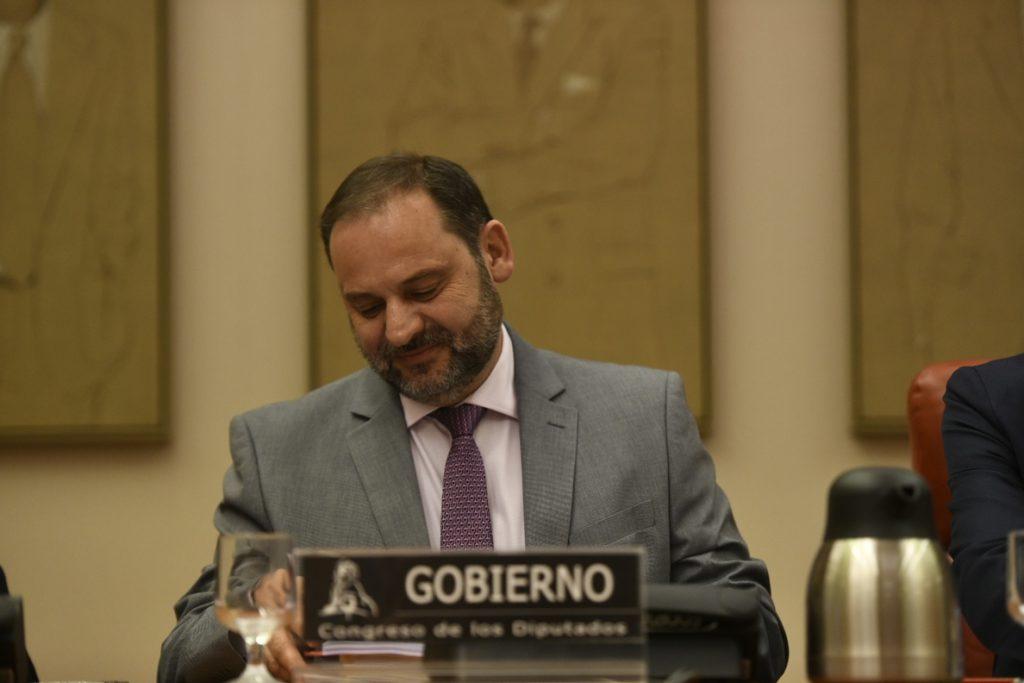 Fomento exigirá a Abertis e Itínere que entreguen en «adecuado estado» las autopistas que vencen