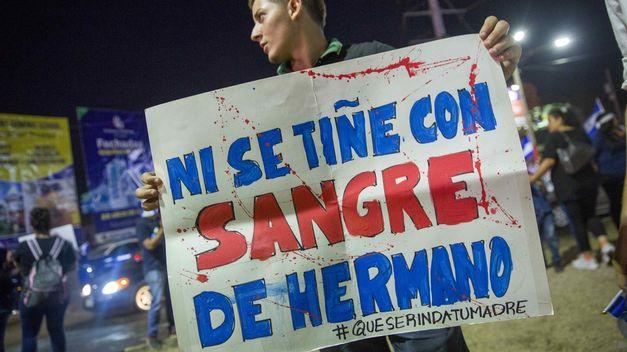 Decenas de miles de nicaragüenses piden en Managua la renuncia de Ortega
