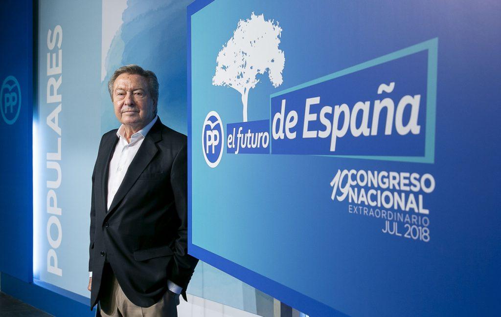 De Grandes admite que «hoy por hoy» no existe «consenso» para un debate entre Santamaría y Casado