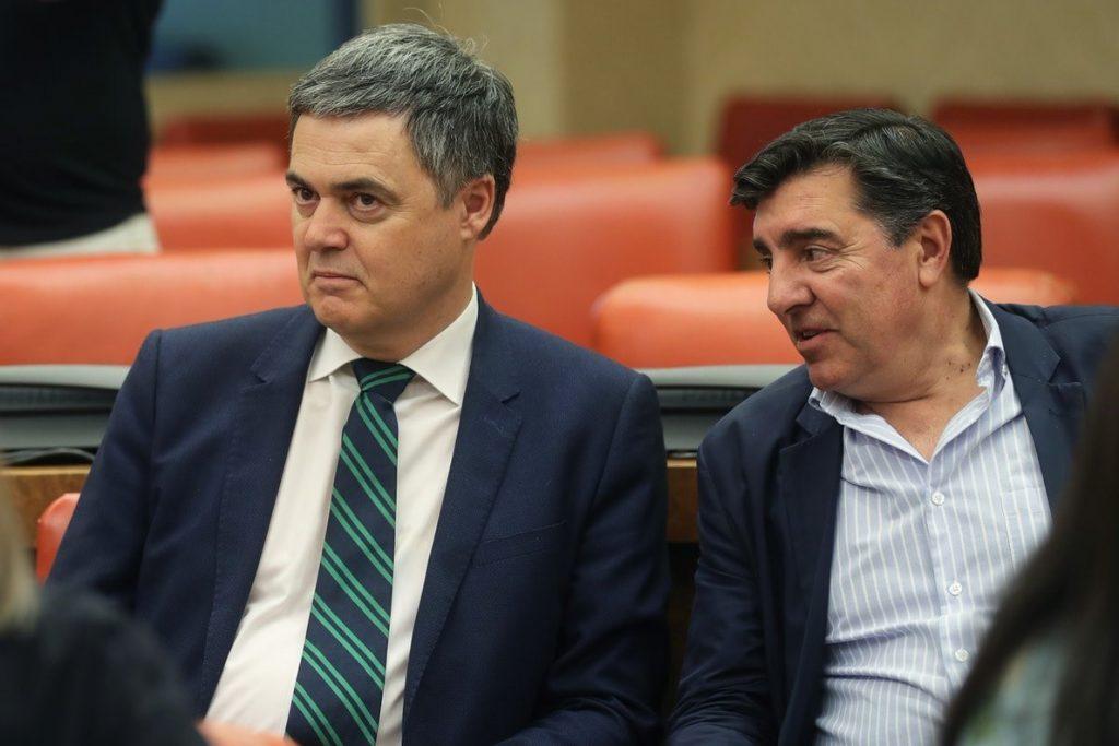 El PP denuncia que Sánchez dé «carpetazo» al asunto de Puigdemont en vez de exigir en Bruselas respeto al Supremo