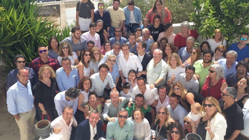 La senadora María José de Alba expresa su apoyo a la candidatura de Pablo Casado