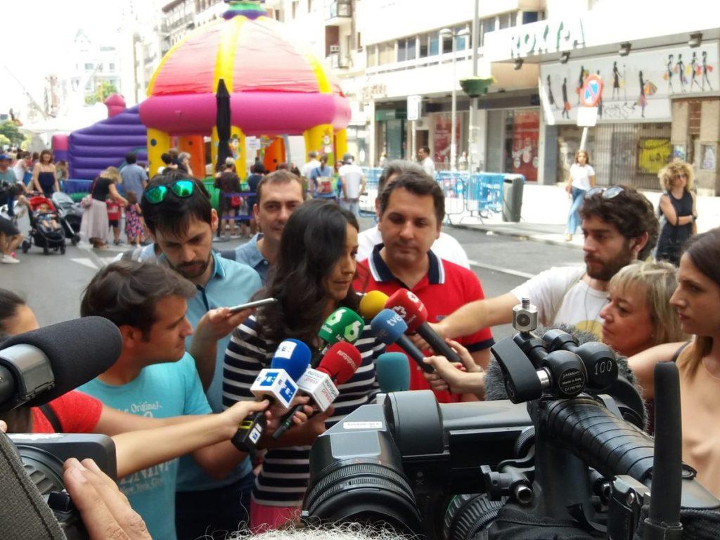 Villacís (Cs) insta a Sánchez a «lanzar un mensaje de apoyo a los catalanes que quieren seguir siendo españoles»