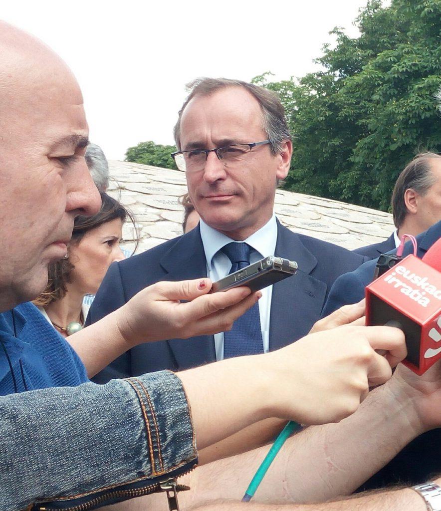 Alonso cree que la falta de lista única genera «incertidumbre» sobre cómo quedará el partido tras el Congreso