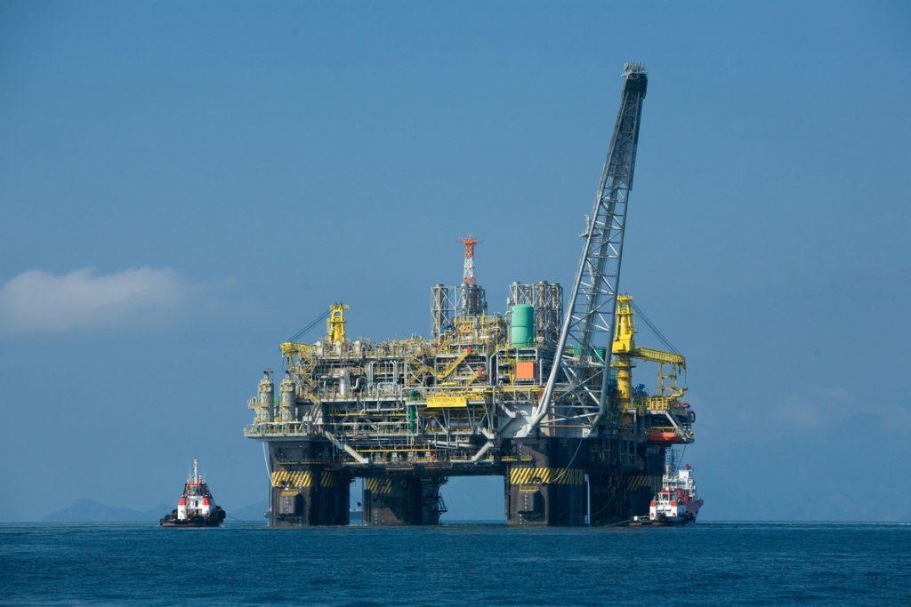 EEUU produce 11 millones de barriles de petróleo al día por primera vez en su historia