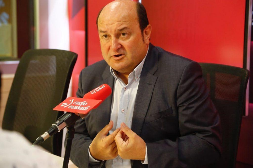 Ortuzar espera que el PP «encuentre su camino» y elija al líder con la «mentalidad más abierta»