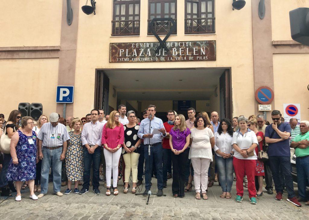 Problemas burocráticos retrasan la repatriación de los cuerpos de la familia de Pilas asesinada en Pau (Francia)