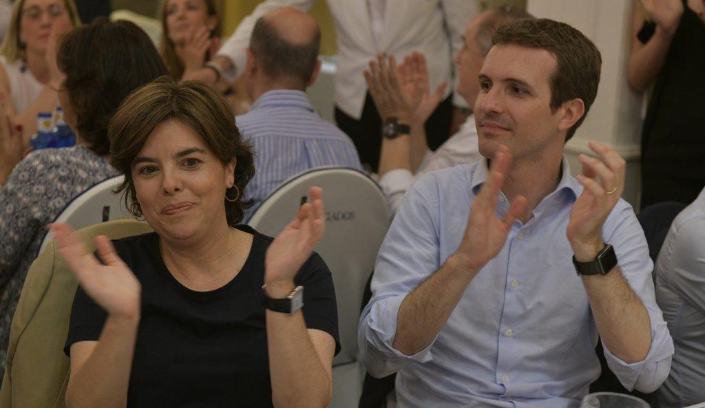 Santamaría y Casado llegan al Congreso con apoyos muy ajustados entre los diputados que ya se han decantado