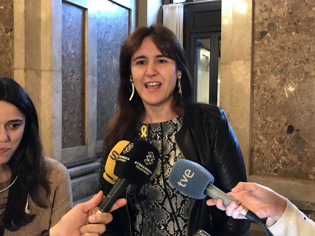 La consellera Borràs dice tras la decisión de Llarena sobre Puigdemont que «ningún hombre tiene derechos sobre otro»
