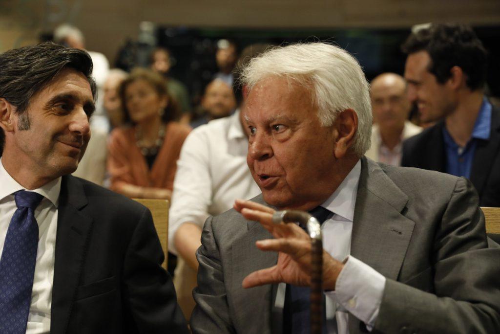 IU denuncia que PP y PSOE impiden en el Congreso saber si la Fundación Felipe González tiene documentación clasificada