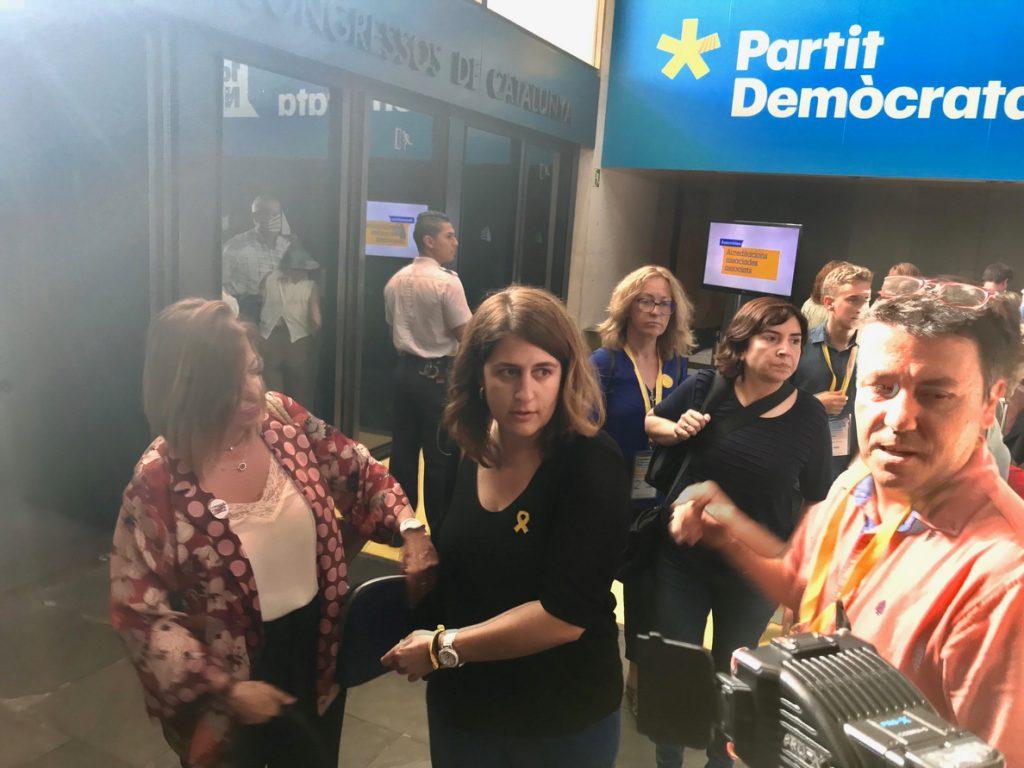Marta Pascal llama a «hacer compatible la militancia de país con la de partido» en la Assemblea del PDeCAT
