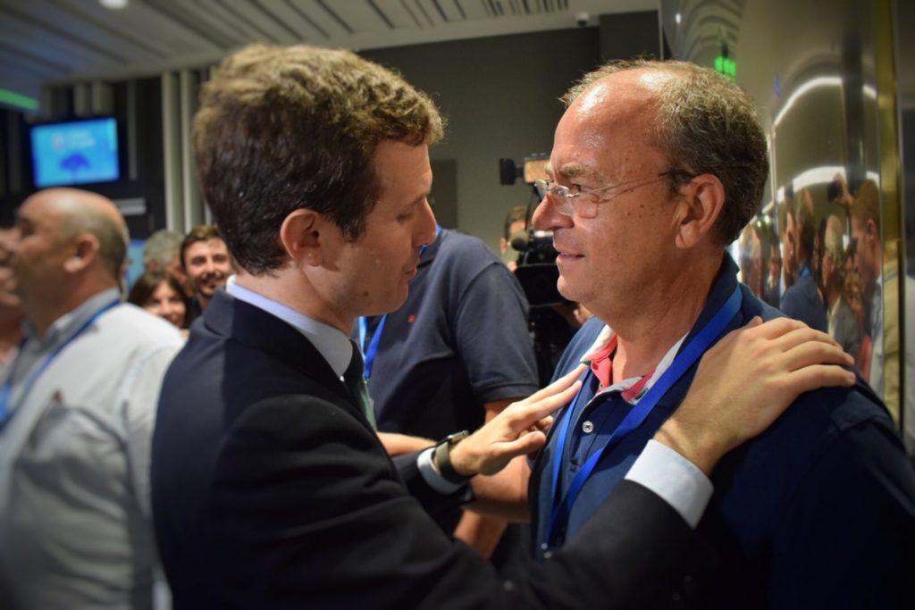 Monago destaca que la «inmensa mayoría» de los compromisarios extremeños votarán a Pablo Casado