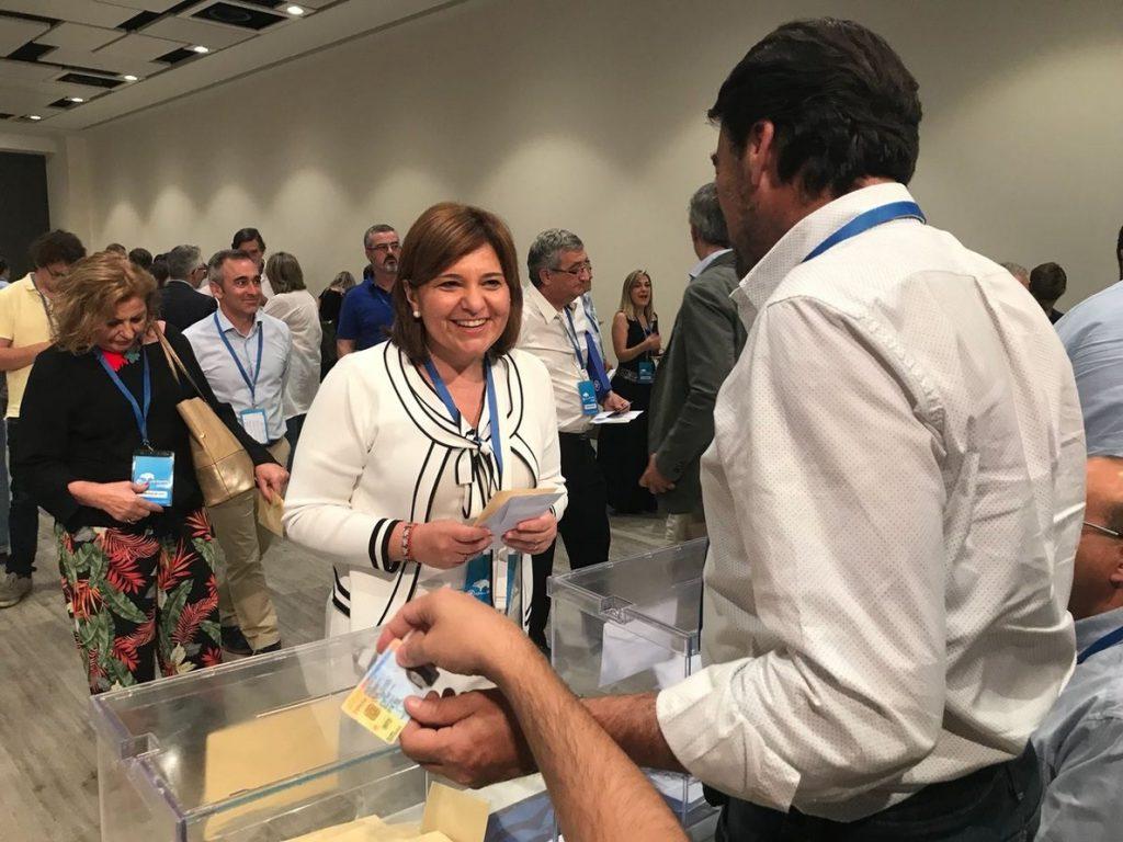 Bonig celebra que con Casado «gana el Partido Popular» y asegura que estará al lado de la Comunitat Valenciana