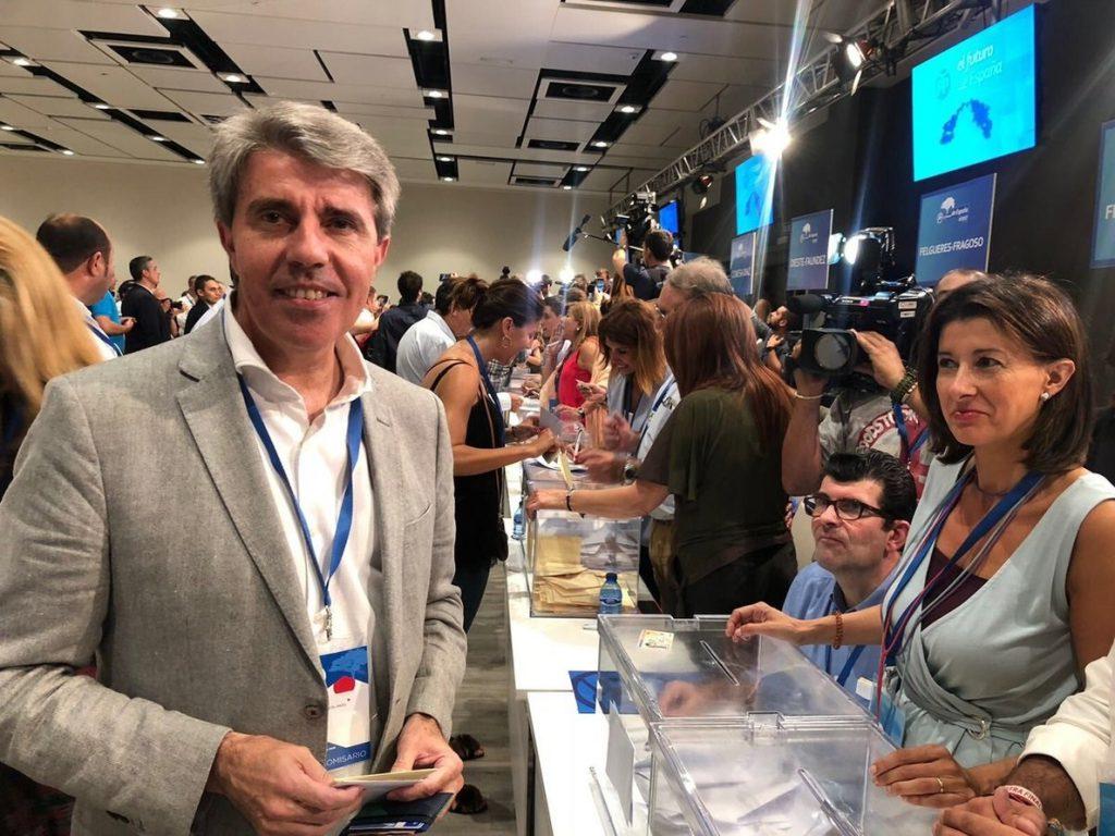 Garrido, tras votar en las primarias: «Gane quien gane, después toca unidad»