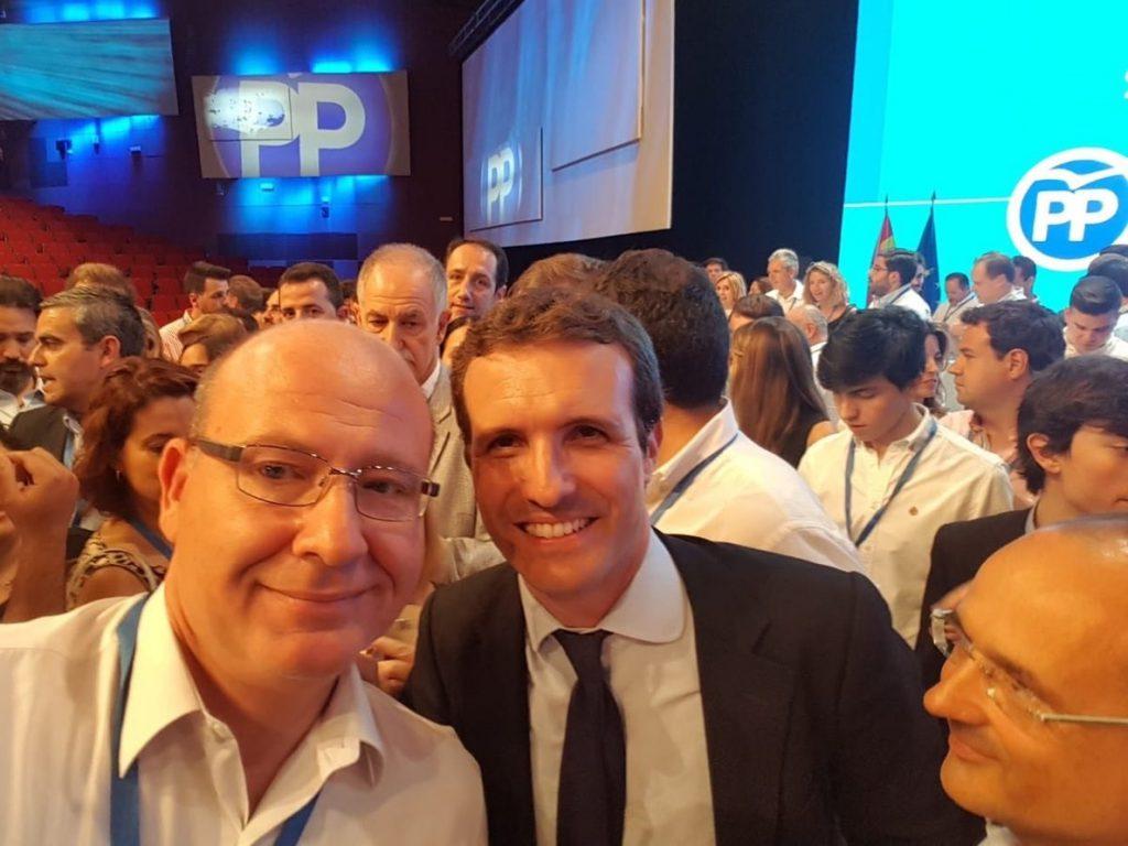 El alcalde de Jaén felicita a Casado y llama a «trabajar todos juntos para que el PP recupere el espacio perdido»