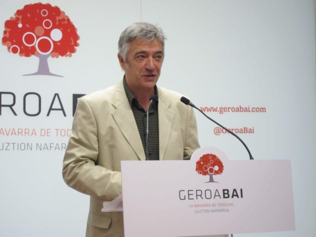 Koldo Martínez (Geroa Bai) dice que confía en que «la sociedad, en las urnas», colocará a Casado «en su lugar»